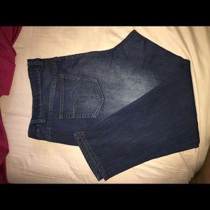 Denim - Pair Avenue Jeans